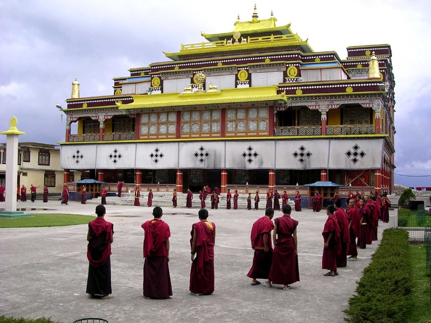 Buddhist_temple_ravangla